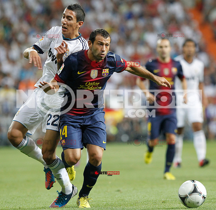 Real Madrid's Angel di Maria and F.C. Barcelona's Javier Mascherano during Spanish Supercup 2nd match on august 29 2012...Photo: Alex Cid-Fuentes / ALFAQUI /NortePhoto.com<br /> <br /> **CREDITO*OBLIGATORIO** <br /> *No*Venta*A*Terceros*<br /> *No*Sale*So*third*<br /> *** No*Se*Permite*Hacer*Archivo**<br /> *No*Sale*So*third*