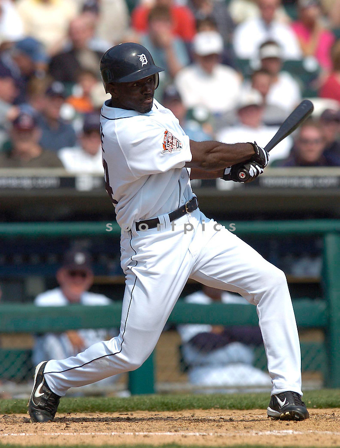 Rondell White during the Detroit Tigers v. Kansas City Royals game on April 6, 2005...Royals win 7-2..Chris Bernacchi / SportPics
