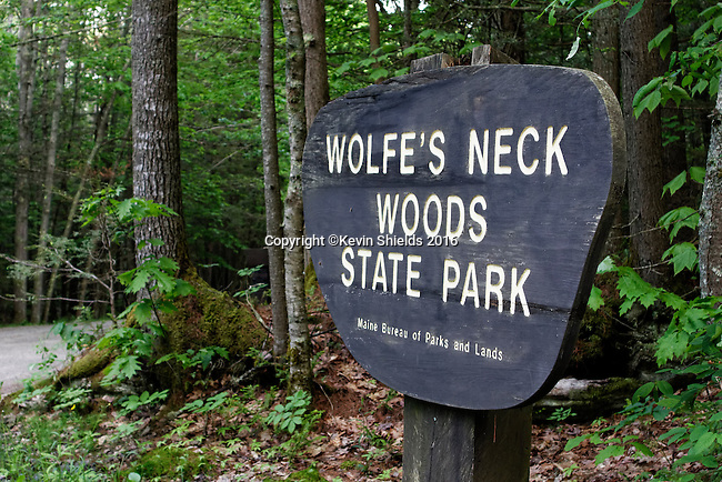 Entrance to Wolfe's Neck State Park, Freeport, Maine, USA