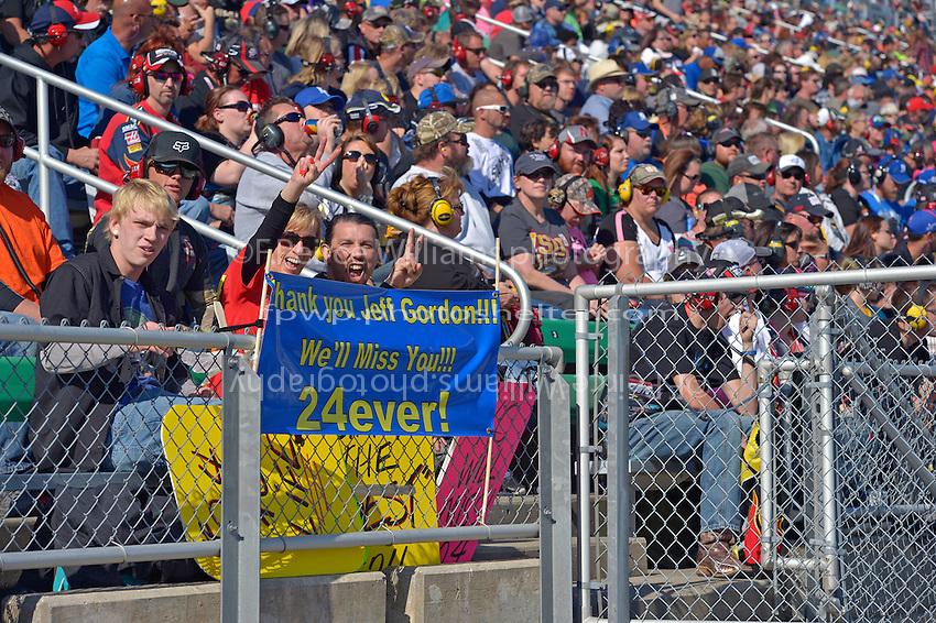 Jeff Gordon (#24) fans