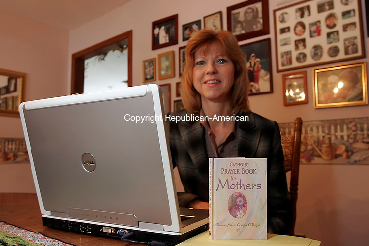 NEW MILFORD, CT13 January 2006-011306TK08   Donna-Marie Cooper O'Boyle, author of a Prayer Book for Mothers.  Tom Kabelka / Republican-American (Donna-Marie Cooper O'Boyle)CQ
