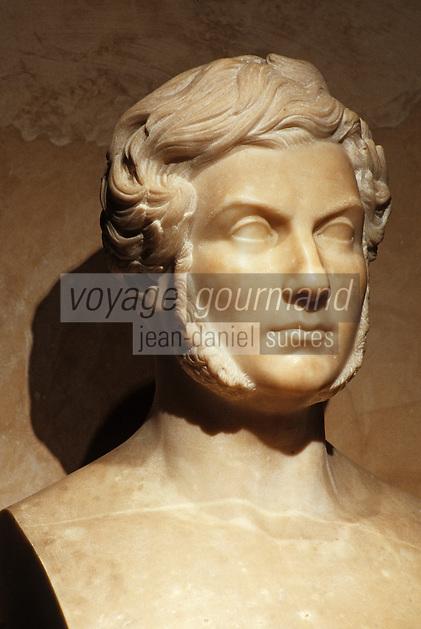 Europe/France/Midi-Pyrénées/46/Lot/Figeac: Musée Champollion - J.F. Champollion 1790-1832 marbre par Vicomte Bonabès du Rougé