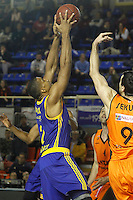 Montakit Fuenlabrada's Blagota Sekulic (r) and Herbalife Gran Canaria's Richard Hendrix during Eurocup, Top 16, Round 2 match. January 10, 2017. (ALTERPHOTOS/Acero) /NORTEPHOTO.COM