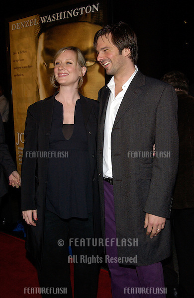 Actress ANNE HECHE & husband COLEY LAFFOON at the Los Angeles premiere of her new movie John Q..07FEB2002.   © Paul Smith/Featureflash
