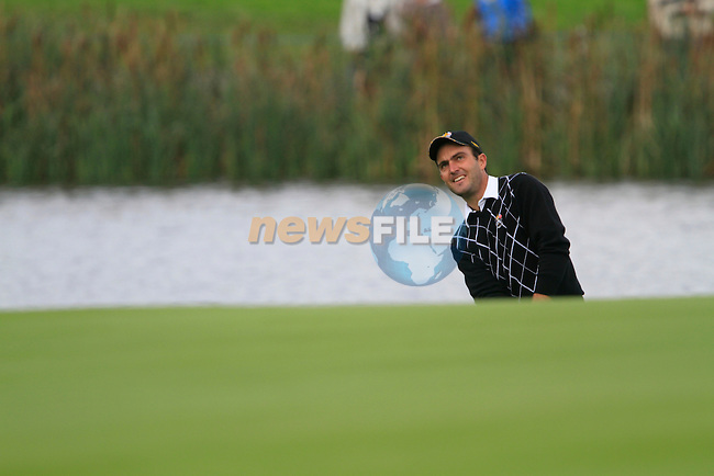 Edoardo Molinari chips onto the 11th green in the Session 2 Foursomes Match 2 during Day 2 of the The 2010 Ryder Cup at the Celtic Manor, Newport, Wales, 2nd October 2010..(Picture Eoin Clarke/www.golffile.ie)