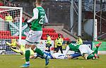 09.11.2019 St Johnstone v Hibs: Scott Allan scores goal no 3