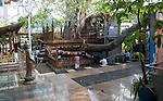 Gangaramaya Buddhist Temple, Colombo, Sri Lanka, Asia