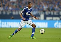 FUSSBALL   1. BUNDESLIGA   SAISON 2013/2014   1. SPIELTAG FC Schalke 04 - Hamburger SV          11.08.2013 Joel Matip (FC Schalke 04) am Ball