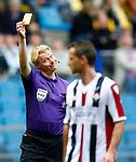 Nederland, Arnhem, 28 april 2013.Eredivisie.Seizoen 2012-2013.Vitesse-Willem ll .Scheidsrechter Kevin Blom geeft een gele kaart aan Kees van Buuren van Willem ll.