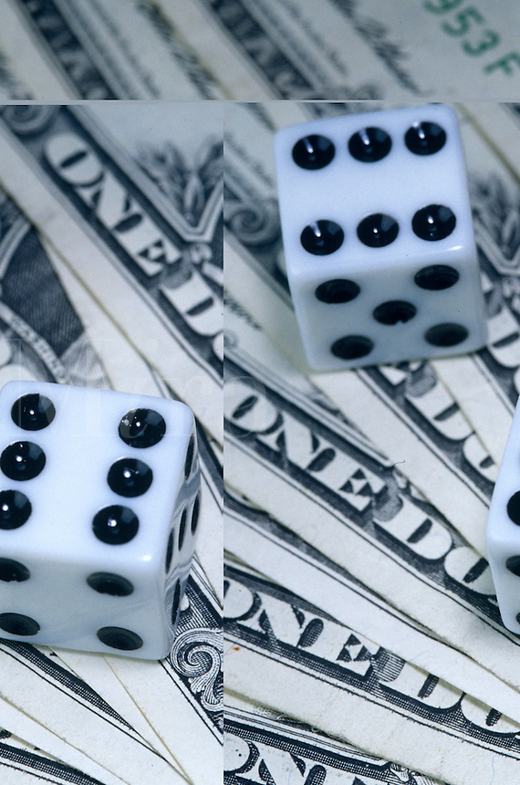 dice on dollar bills