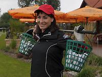 EAGLES GOLF CHARITY GOLF CUP - Golfpark Seehausen bei Leipzig - im Bild: Opernstar Anna-Maria Kaufmann macht stets auch beim Golfen eine gute Figur - Handicap 36 . Foto: Norman Rembarz..Norman Rembarz , Autorennummer 41043728 , Holbeinstr. 14, 04229 Leipzig, Tel.: 01794887569, Hypovereinsbank: BLZ: 86020086, KN: 357889472, St.Nr.: 231/261/06432 - Jegliche kommerzielle Nutzung ist honorar- und mehrwertsteuerpflichtig! Persönlichkeitsrechte sind zu wahren. Es wird keine Haftung übernommen bei Verletzung von Rechten Dritter. Autoren-Nennung gem. §13 UrhGes. wird verlangt. Weitergabe an Dritte nur nach  vorheriger Absprache..