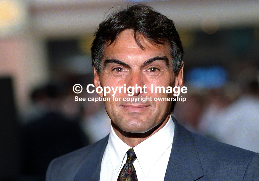 Michael Clapham, MP, Labour Party, politician, UK, 19921030MC..Copyright Image from Victor Patterson, 54 Dorchester Park, Belfast, UK, BT9 6RJ..Tel: +44 28 9066 1296.Mob: +44 7802 353836.Voicemail +44 20 8816 7153.Skype: victorpattersonbelfast.Email: victorpatterson@me.com.Email: victorpatterson@ireland.com (back-up)..IMPORTANT: If you wish to use this image or any other of my images please go to www.victorpatterson.com and click on the Terms & Conditions. Then contact me by email or phone with the reference number(s) of the image(s) concerned.