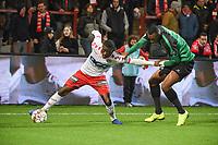 KV KORTRIJK - CERCLE BRUGGE :<br /> Aboubakary Koita (L) in duel met Issa Marega (R)<br /> <br /> Foto VDB / Bart Vandenbroucke