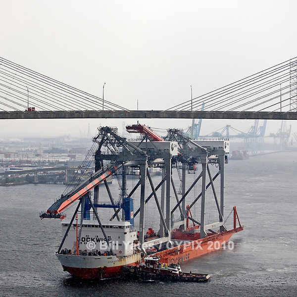 Dock Express 10 Dockwise TraPac Cranes TraPac Container Terminal Dames Point Bridge JaxPort helicopter aerial in rain