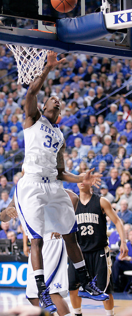 Sophomore guard DeAndre Liggins goes up for a layup during the first half of the game against Vanderbilt at Rupp Arena on Saturday. Photo by Zach Brake | Staff.