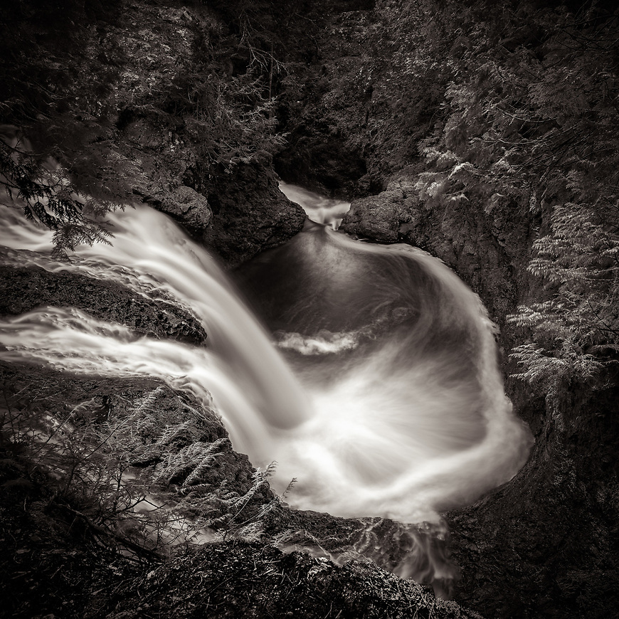 SNAKE PIT FALLS in Amnicaon State Park #michaelknapstein #midwest #midwestmemoir #blackandwhite #B&W #monochrome #instblackandwhite #blackandwhiteart #flair_bw #blackandwhite_perfection #motherfstop #wisconsin #blackandwhiteisworththefight #bnw_captures #bwphotography #myfeatureshoot  #fineartphotography #americanmidwest #squaremag #lensculture #wisconsinstatepark #amniconstatepark #amnicon #wisconsin #snakepitfalls