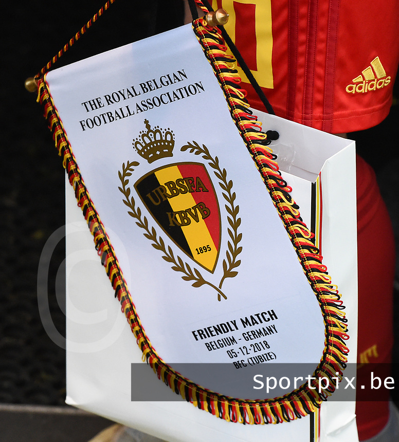 20181205 - TUBIZE , BELGIUM : illustration pictured during the friendly female soccer match between Women under 15 teams of  Belgium and Gemany , in Tubize , Belgium . Wednesday 5 th December 2018 . PHOTO SPORTPIX.BE / DIRK VUYLSTEKE