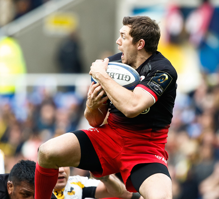 Saracens' Alex Goode claims the high ball<br /> <br /> Photographer Simon King/CameraSport<br /> <br /> Rugby Union - European Rugby Champions Cup Semi Final - Saracens v Wasps - Saturday 23rd April 2016 - Madejski Stadium - Reading<br /> <br /> &copy; CameraSport - 43 Linden Ave. Countesthorpe. Leicester. England. LE8 5PG - Tel: +44 (0) 116 277 4147 - admin@camerasport.com - www.camerasport.com