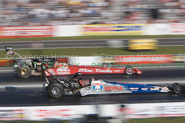 ENGLISHTOWN, NJ - JUNE 16: Melanie Troxel and Doug Kalitta during Top Fuel Qualifying at the K&N Filters NHRA Supernationals at Old Bridge Township Raceway Park, Englishtown, New Jersey on June 16, 2006.