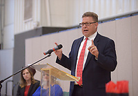 NWA Democrat-Gazette/BEN GOFF @NWABENGOFF<br /> Circuit Judge Thomas Smith speaks Friday, May 12, 2017, during the Benton County Adult Drug Court and Veterans Treatment Court graduation at Bentonville Church of Christ.