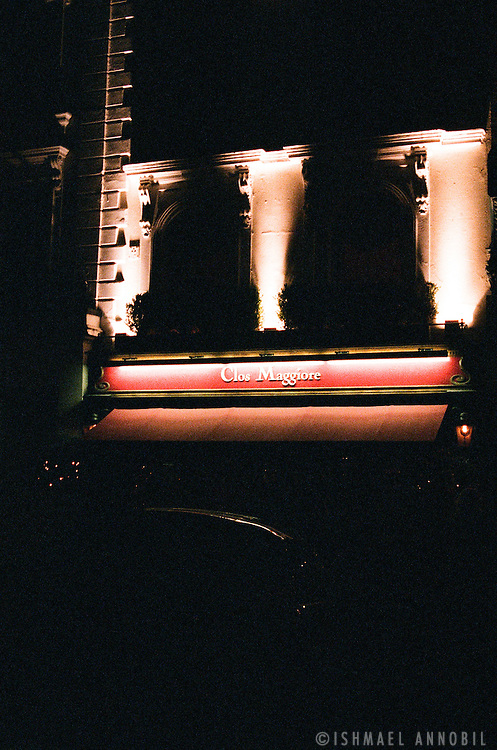Clos Maggiore restaurant at night