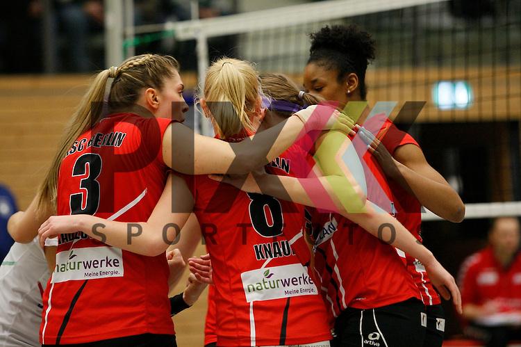 Jubel bei Koepenick<br /> <br /> 21.02.2015 Volleyball, 1. Bundesliga, Frauen, Saison 2014/15, Koepenicker SC Berlin - VT Aurubis Hamburg<br /> <br /> Foto &copy; PIX *** Foto ist honorarpflichtig! *** Auf Anfrage in hoeherer Qualitaet/Aufloesung. Belegexemplar erbeten. Veroeffentlichung ausschliesslich fuer journalistisch-publizistische Zwecke. For editorial use only.