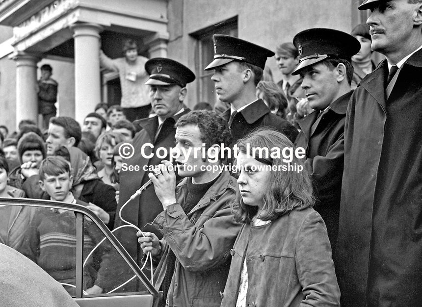 Eamonn McCann, Derry, speaking on behalf of Bernadette Devlin in an eve of poll rally on 16 April 1969 in the N Ireland constituency of Mid-Ulster. Devlin went on to have a 4000+ majority over Anna Forrest, widow of George Forrest, whose death caused the by-election.<br />