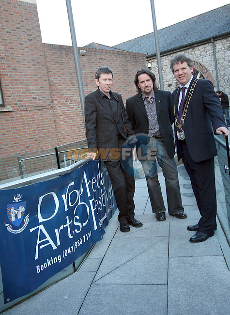 John Kelly, Brian Harten and Michael O'Dowd at the Opening of the Arts Festival in The Highlanes Gallery...Photo NEWSFILE/Jenny Matthews.(Photo credit should read Jenny Matthews/NEWSFILE)....This Picture has been sent you under the condtions enclosed by:.Newsfile Ltd..The Studio,.Millmount Abbey,.Drogheda,.Co Meath..Ireland..Tel: +353(0)41-9871240.Fax: +353(0)41-9871260.GSM: +353(0)86-2500958.email: pictures@newsfile.ie.www.newsfile.ie.FTP: 193.120.102.198.