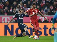 FUSSBALL   1. BUNDESLIGA  SAISON 2012/2013   27. Spieltag   FC Bayern Muenchen - Hamburger SV    30.03.2013 Luiz Gustavo (re, FC Bayern Muenchen) gegen Dennis Diekmeier (Hamburger SV)