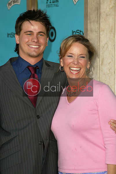 Jason Ritter and mom<br />