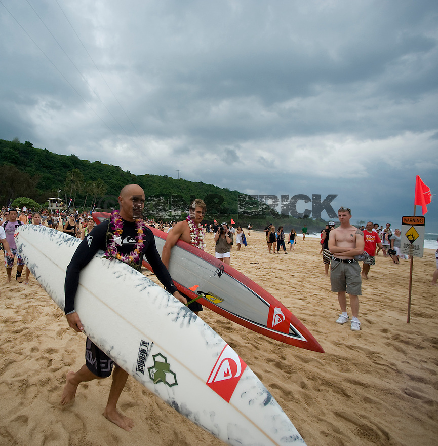 Kelly Slater at The Quiksilver Eddie Aikau Ceremony at Waimea Bay on the Northshore of Oahu in Hawaii.