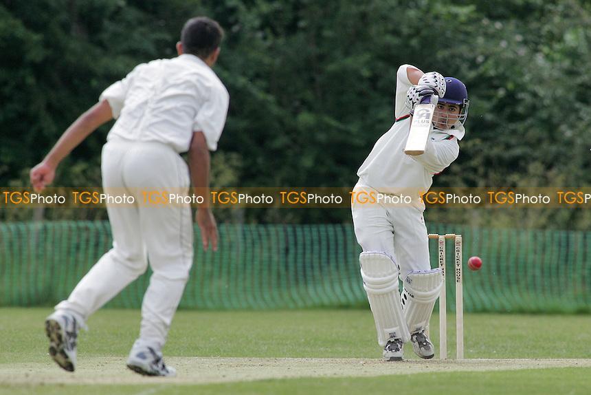 South Woodford CC vs Ilford CC - Essex Cricket League - 18/06/05 - MANDATORY CREDIT: Gavin Ellis/TGSPHOTO - SELF-BILLING APPLIES WHERE APPROPRIATE. NO UNPAID USE -  Tel: 0845 0946026