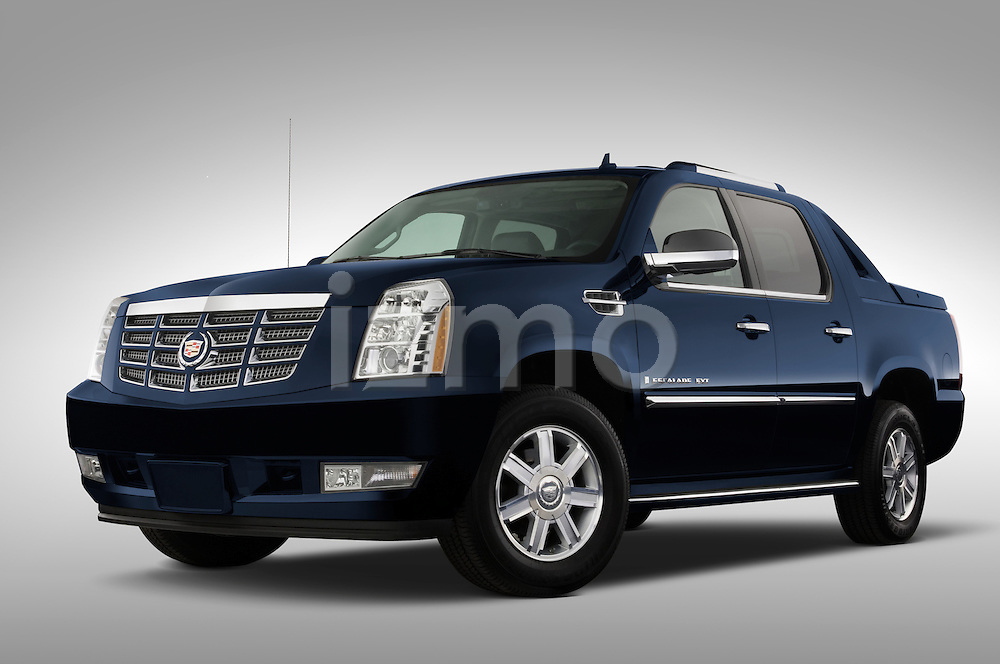 Low aggressive driver side front three quarter view of a 2007 Cadillac Escalade EXT