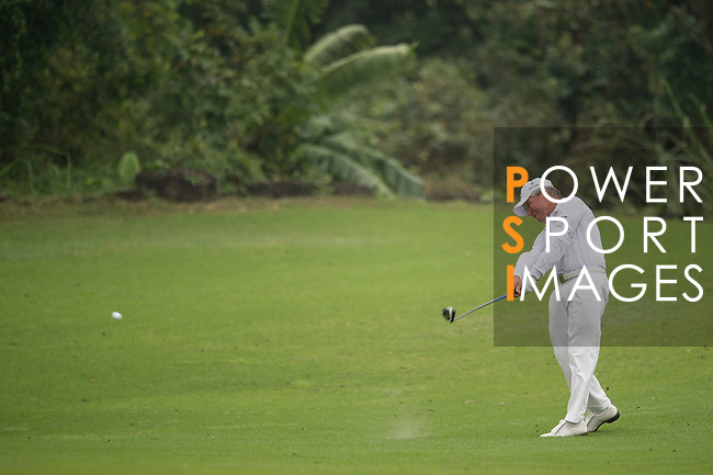 Gary Player plays during the World Celebrity Pro-Am 2016 Mission Hills China Golf Tournament on 23 October 2016, in Haikou, Hainan province, China. Photo by Marcio Machado / Power Sport Images