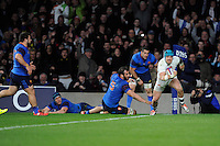 Jack Nowell of England scores a try