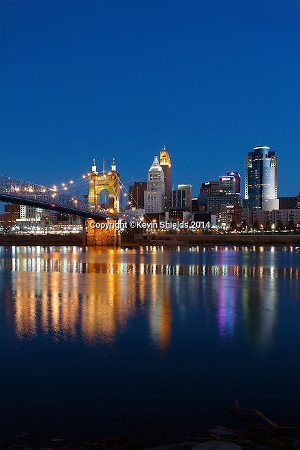 Twilight view of Cincinnati, Ohio, USA