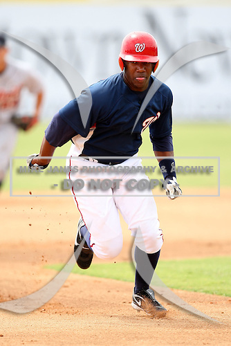 October 5, 2009:  Left Fielder Destin Hood of the Washington Nationals organization during an Instructional League game at Space Coast Stadium in Viera, FL.  Hood was selected in the 2nd round of the 2008 MLB Draft.  Photo by:  Mike Janes/Four Seam Images