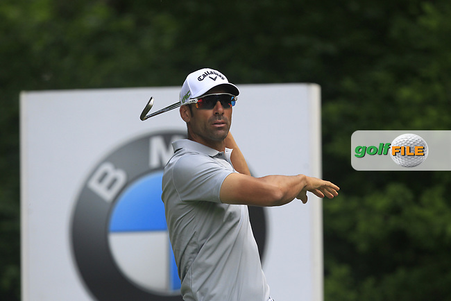 Alvaro Quiros (ESP) on the 5th tee during Round 1 of The BMW PGA Championship  at Wentworth Golf Club on Thursday 25th May 2017.<br /> Photo: Golffile / Thos Caffrey.<br /> <br /> All photo usage must carry mandatory copyright credit     (&copy; Golffile | Thos Caffrey)