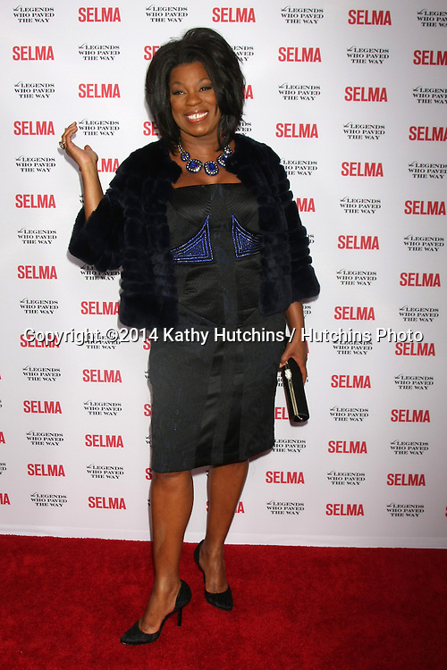"""SANTA BARBARA - DEC 6:  Lorraine Toussaint at the """"Selma"""" & Legends Who Paved the Way Gala at the Bacara Resort & Spa on December 6, 2014 in Goleta, CA"""