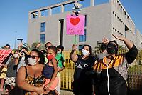 10/05/2020 - FAMILIARES FAZ HOMENAGEM A RECÉM-NASCIDA NO RIO DE JANEIRO