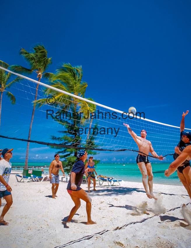 Dominikanische Republik, Punta Cana, Playa Bavaro, Beachvolleyball | Dominican Republic, Punta Cana, Bavaro beach, beach volleyball