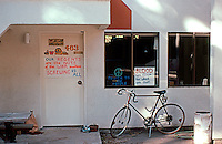 Charles Moore/Turnbull: Kresge College, U.C.S.C. Student Radicals' Office.  Photo '83.