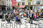 Mayor of Kerry welcomed Allan Dennis and the MYAC, Mid West Young Artist Conservatory Orchestra from Illinois, Chicago area, USA to Tralee when they performed in the Square Tralee on Friday