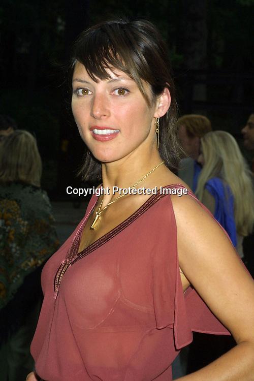 ©2003 AURA BLANDINO/HUTCHINS  PHOTO.CBS PRIME TIME 03/04 LAUNCH.HELD AT TAVERN ON THE GREEN.NEY YORK, NY 5/14/03..LOLA GLAUDINI