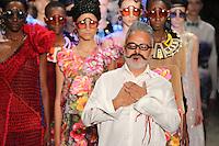 SÃO PAULO, SP, 25.04.2016 - DESFILE-SPFW - Desfile da grife Ronaldo Fraga durante São Paulo Fashion Week verão 2017 na Bienal do Ibirapuera nesta segunda-feira, 25. (Foto: Vanessa Carvalho/Brazil Photo Press)