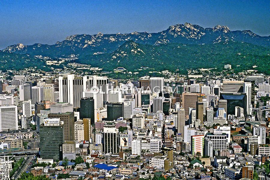 Cidade de Seul capital da Coréia do Sul. 1999. Foto de Ricardo Azoury.