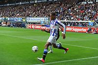 VOETBAL: HEERENVEEN: Abe Lenstra Stadion, 21-10-2012, SC Heerenveen - FC Groningen, Einduitslag 3-0, Rajiv van La Parra (#7 | SCH) in duel met Leandro Bacuna (#7 | Groningen), ©foto Martin de Jong
