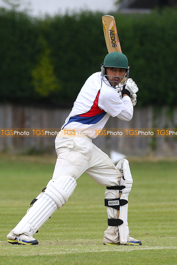 Little Waltham CC (fielding) vs Hornchurch Athletic CC - Mid-Essex Cricket League - 13/06/15 - MANDATORY CREDIT: Gavin Ellis/TGSPHOTO - Self billing applies where appropriate - contact@tgsphoto.co.uk - NO UNPAID USE