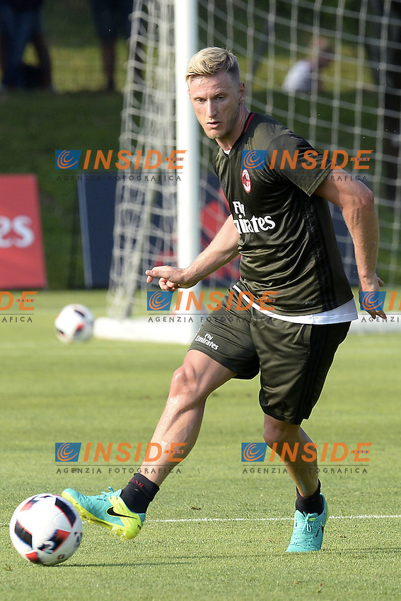 Carnago (Va) 07/07/2015 - 2016/2017 Calcio raduno A.C. Milan Football pre season training  / foto Daniele Buffa/Image Sport/Insidefoto<br /> <br /> <br /> nella foto: Ignazio Abate