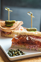Lox is the new restaurant at the Museum of Jewish Heritage, which now has a take out counter. <br /> Gideon's Lower East Side Sandwich with pastrami lox. <br /> <br /> Danny Ghitis for The New York Times